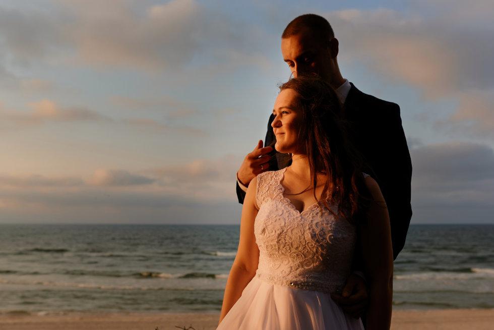 zdjęcia ślubne nad morzem bałtyckim