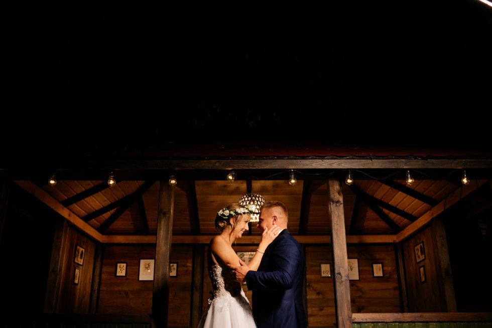 plener nocny wesele Kręgski Młyn
