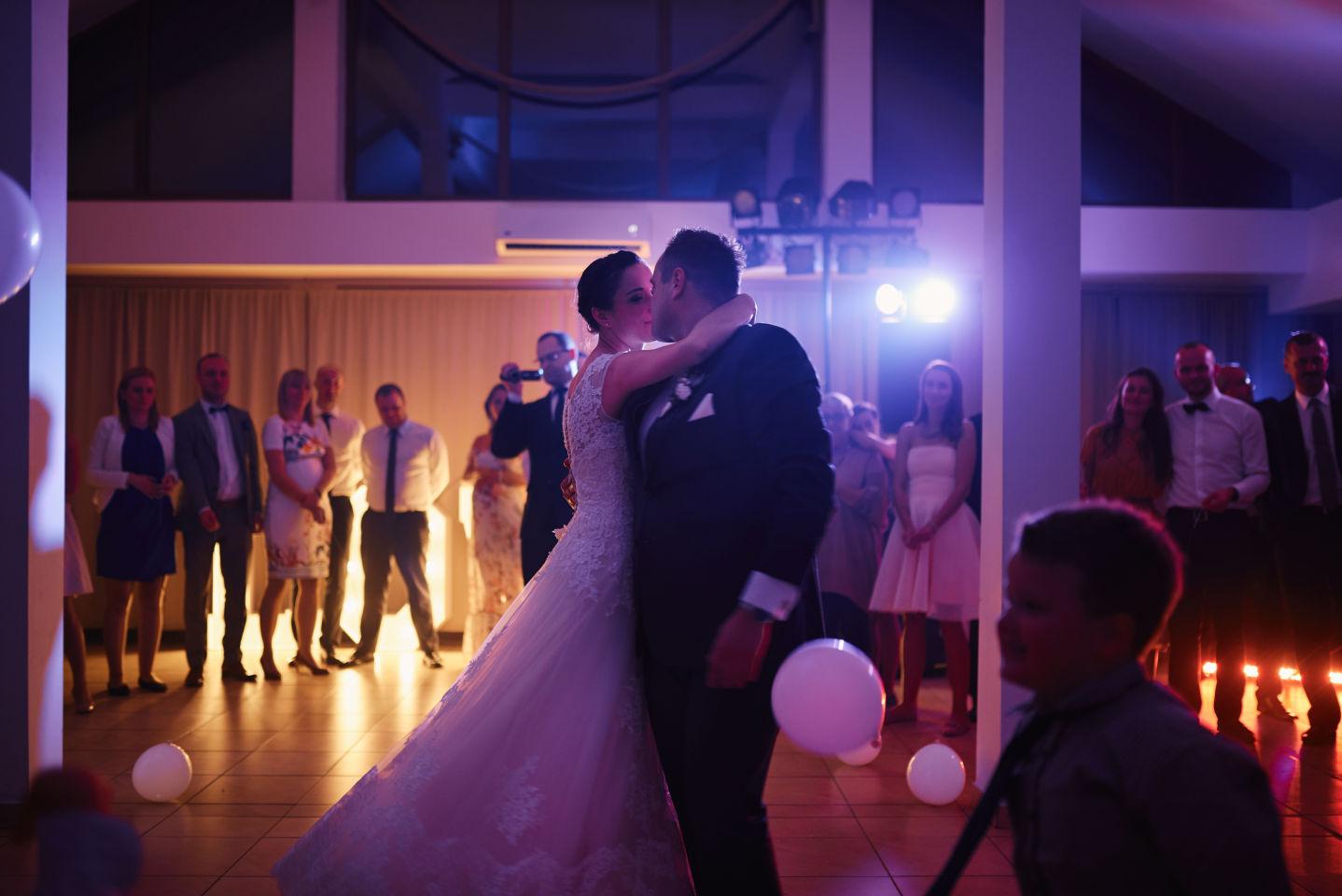 pierwszy taniec reportaż ślubny
