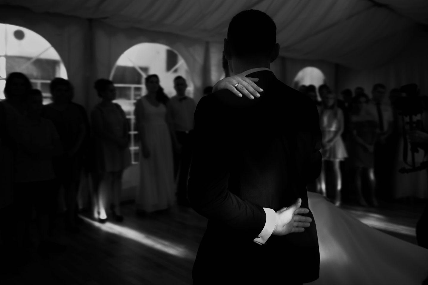 poerwszy taniec fotografia ślubna Gdańsk