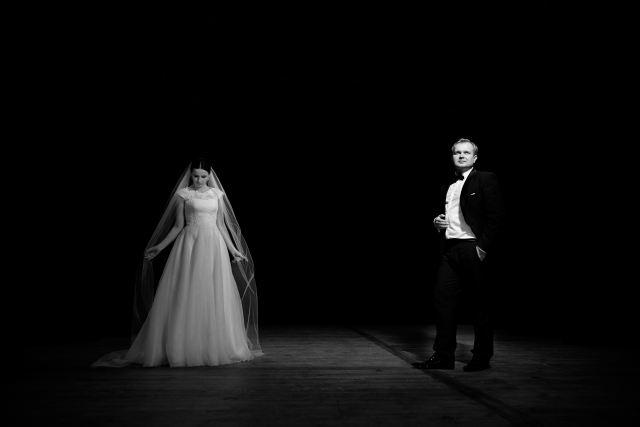 plener ślubny w teatrze